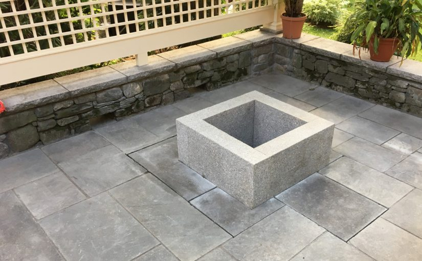 Patio with Fire Pit and Privacy Screen